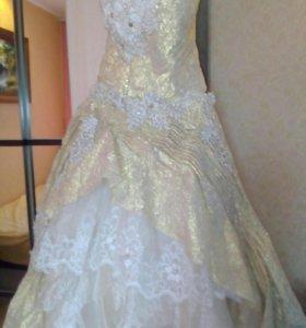 Платье свадебное- выпускное