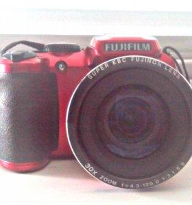 Цифровой фотоаппарат Fujifilm + сумка-чехол