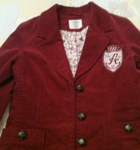 Пиджак для девочки 8-9 лет