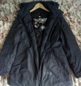 Куртка новая (осень, весна)