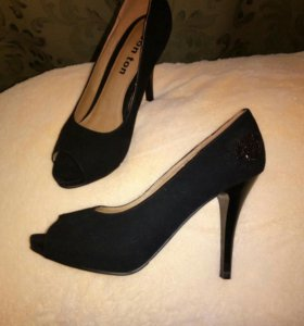 Новые туфли (натуральные)