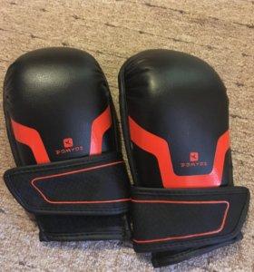 Перчатки для бокса и самообороны