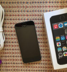 Айфон 5s чёрный 16 гб