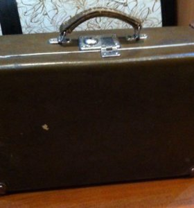 Продам чемодан 1974г