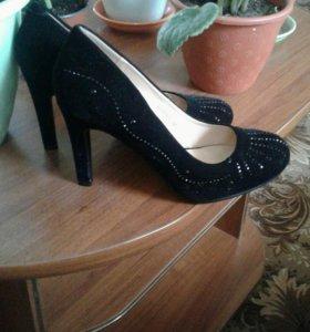 Туфли не б.У.Новые.Не подошли по размеру.