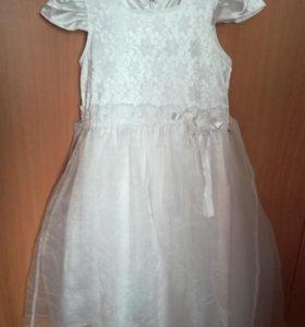 Платье праздичное