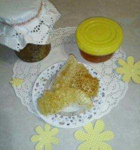 Натуральный мёд со своей пасеки!