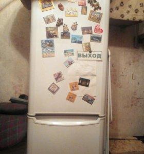 Холодильник, требуется ремонт