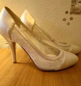 Туфли женские. Размер 37