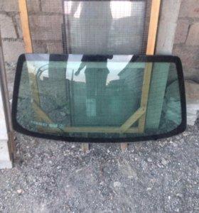 Заднее стекло Рено 19