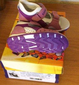 Туфли открытые Тотто