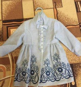Пальто для девочки Barilotto