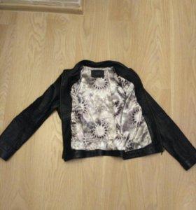 Куртка кожаная(натуральная кожа)