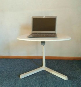 Компьютерный столик IKEA