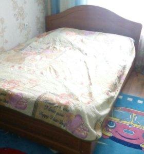 Продам кровать.