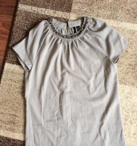 Нарядная блузка без рукавов
