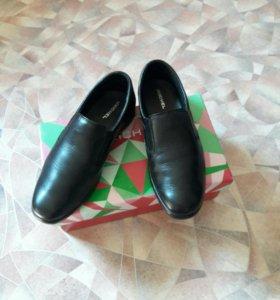 Туфли школьные р37