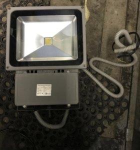Прожектор светодиодный для уличного освещения
