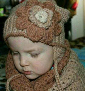 Детская вязанная шапка и снуд