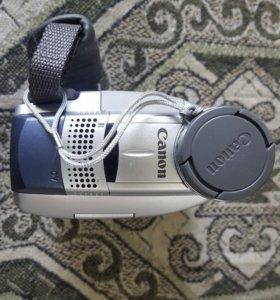 Видеокамера Canon MV600