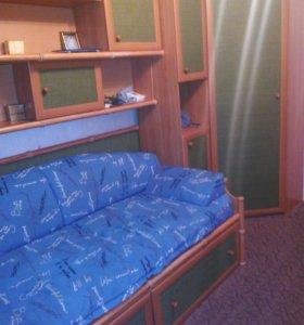 Продам мебель с кроватью