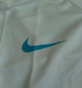 Продам футбольную форму Nike зенит