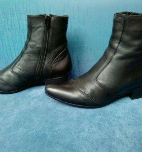 Ботинки 36 размера