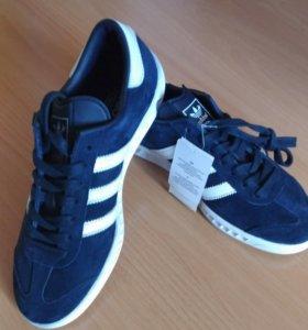 Кроссовки Adidas 40 размер новые оригинальные