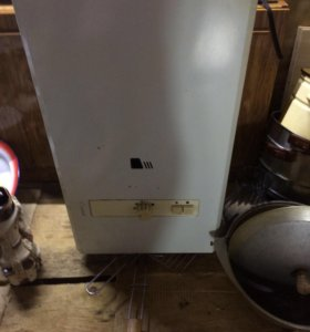 Газовая водонагревательнвя колонка