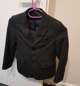 школьный костюм 128