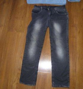 джинсы и кофточка