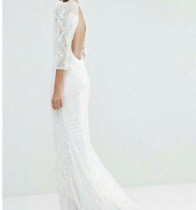 Белое вечернее свадебное платье в бусинах