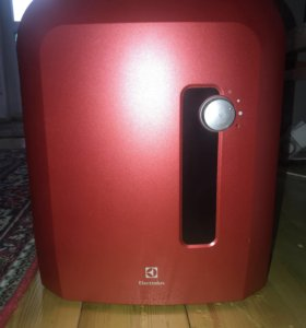 Очиститель-увлажнитель воздуха Electrolux