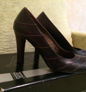Туфли нат. кожа 35 - 36 р.