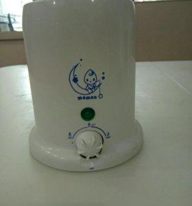 Подогреватель бутылочек и 4 бутылочки Аvent