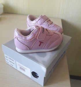Кроссовки для девочки,21 размер