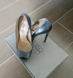 Туфли женские, р. 35