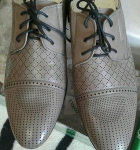Новые серые классические туфли 40 размер