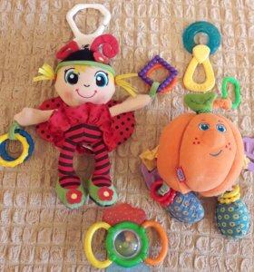 Подвесные игрушки на коляску