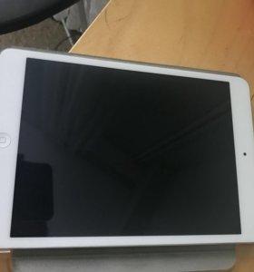 iPad mini 2 retina, wi-fi, 32gb