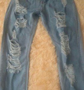 Продаются абсолютно новые джинсы , размер 48-50