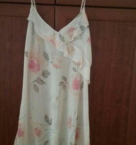 Комплект сорочка и халат.Новый,ткань шифон.