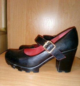 Туфли жен.,можно для подростка