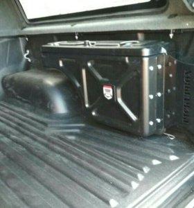 Ящик боковой поворотный в кузов пикапа