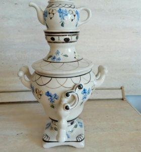 Фарфоровый самовар с чайником