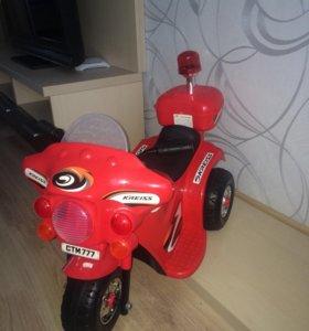 Мотоцикл 🏍 👍 + в подарок игрушка!