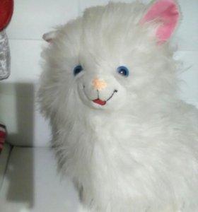 Котик,мягкая игрушка.