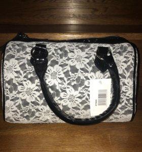 Женская сумка с кружевом