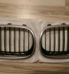 Решётки радиатора BMW е60 оригинал б.у.,хром.