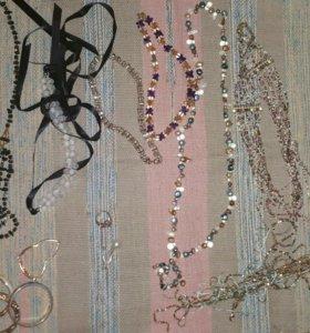 Украшения (ожерелья, браслеты, брошь, кольцо)